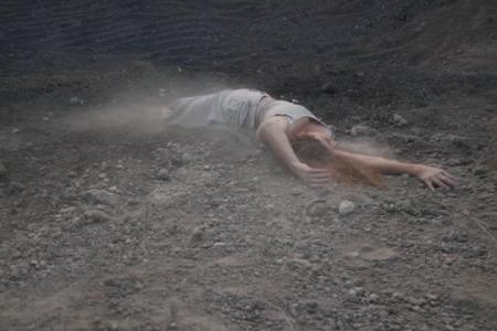 Alexia Miranda, Caída de Los Cuerpos, 2008, sound, 2:25, courtesy of ArtLabour Archives